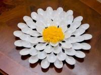 Поделки из пластиковых ложек: как сделать украшения своими руками (78 фото)