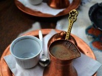 Как правильно заваривать кофе в турке — пошаговая инструкция с описанием и рекомендациями