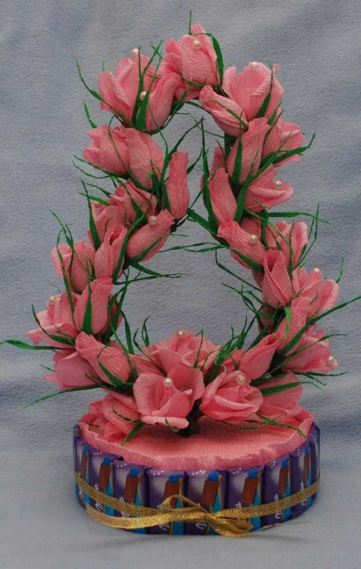 Букет из тюльпанов с конфетой своими руками пошаговое фото
