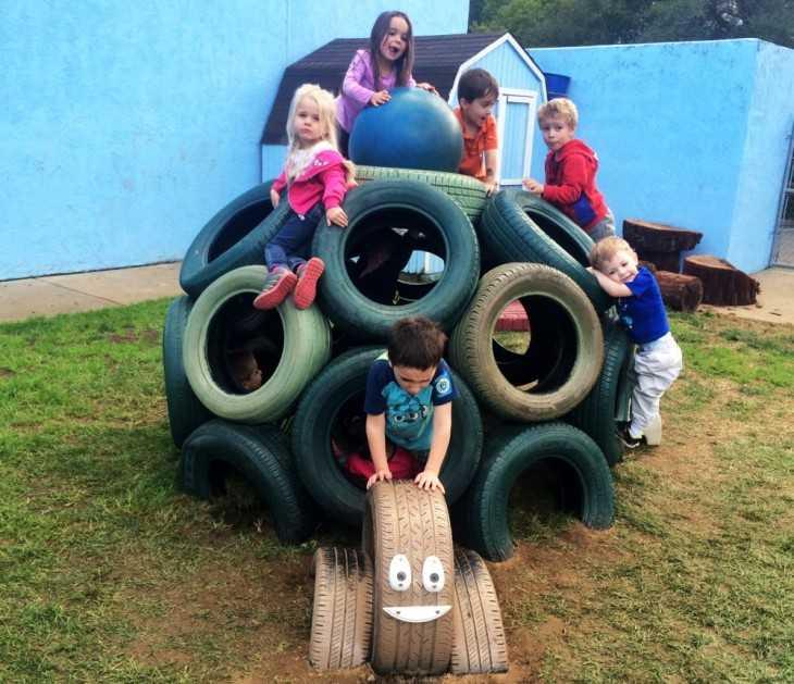 Детская площадка своими руками во дворе многоквартирного дома