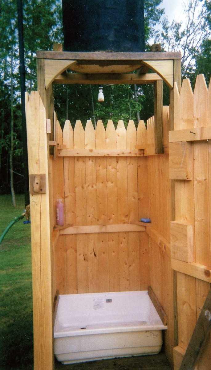 Летний душ и туалет своими руками построить