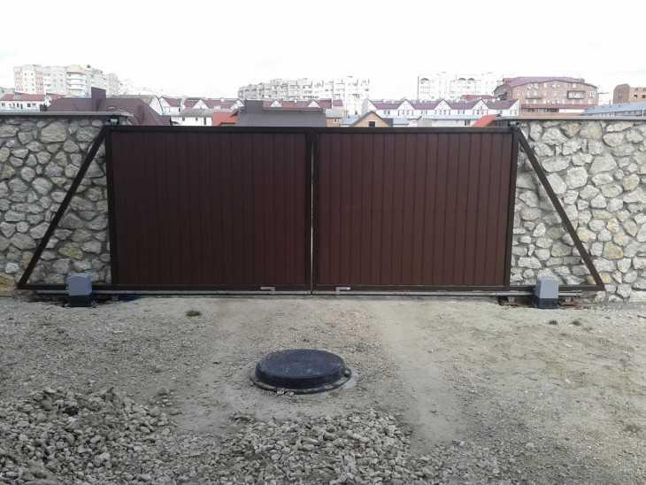 Откатные ворота в две стороны