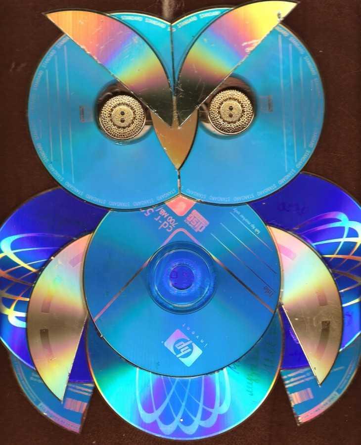 Поделка из дисков своими 7