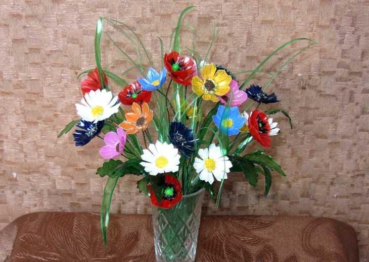 Поделки цветы из подручных средств 455