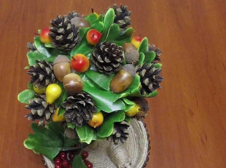 Осенний букет из шишек листьев и др природных материалов — img 9