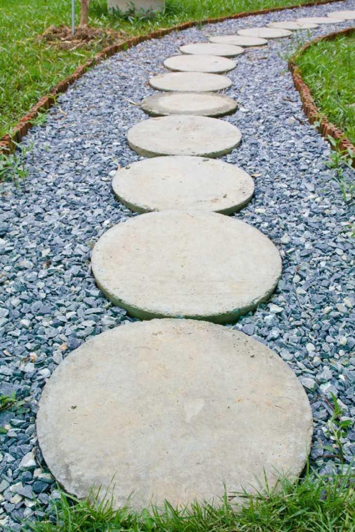 Садовая тропинка из бетона своими руками